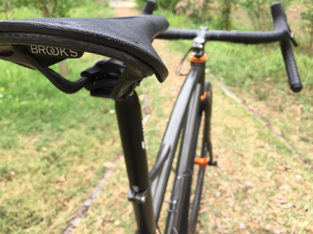 Long distance saddle @brooksengland Cambium C13, gravel approuved!